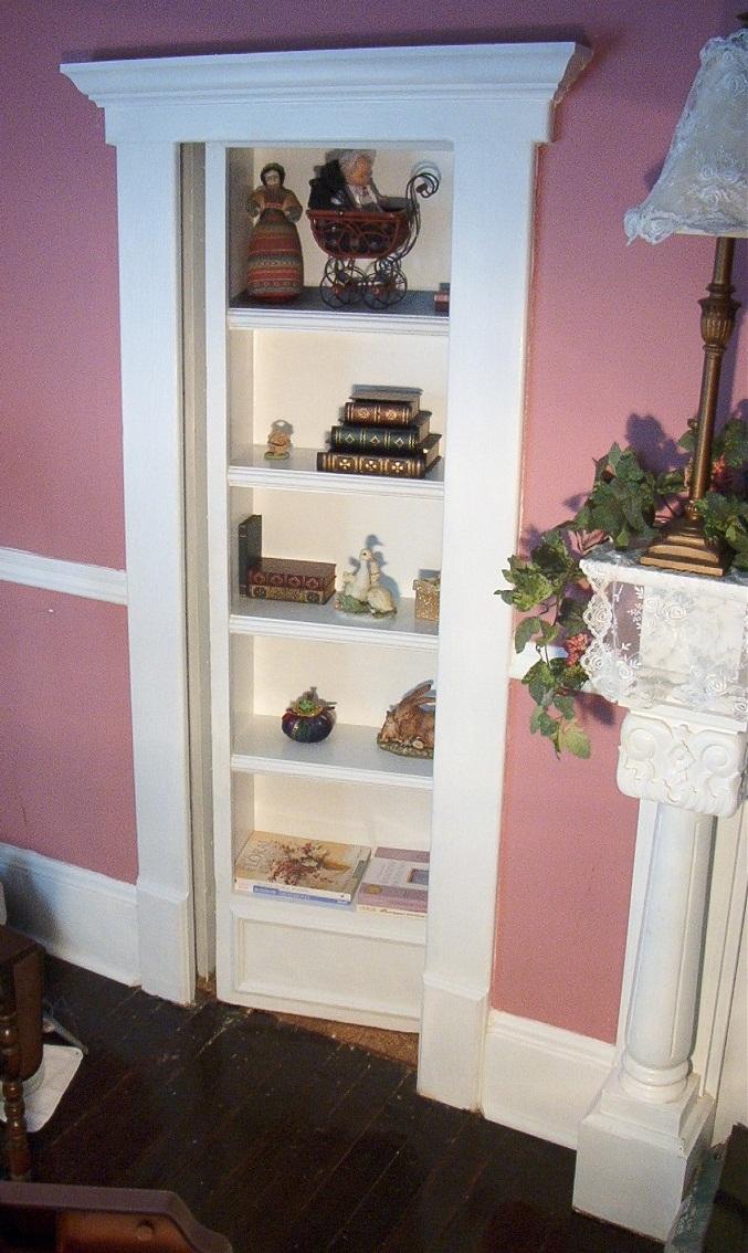 bookcasehiddendoor13.jpg
